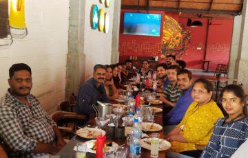 Team Lunch (2)